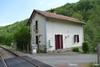 Railway cottage near the river Ref # Li566