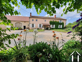 Character property for sale in ESCUROLLES