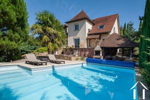 Views on the Hautes Côtes de Beaune vineyards with pool