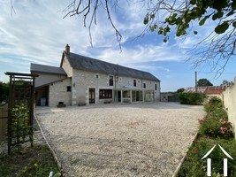 Great equestrian opportunit south of Paris