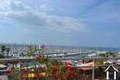 Spacious apartment on  A1 location with seaviews Ref # 11-2317 image 4