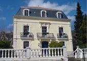 "Detached and renovated ""Maison de Maître"" with heated pool  Ref # 11-2404 image 1"