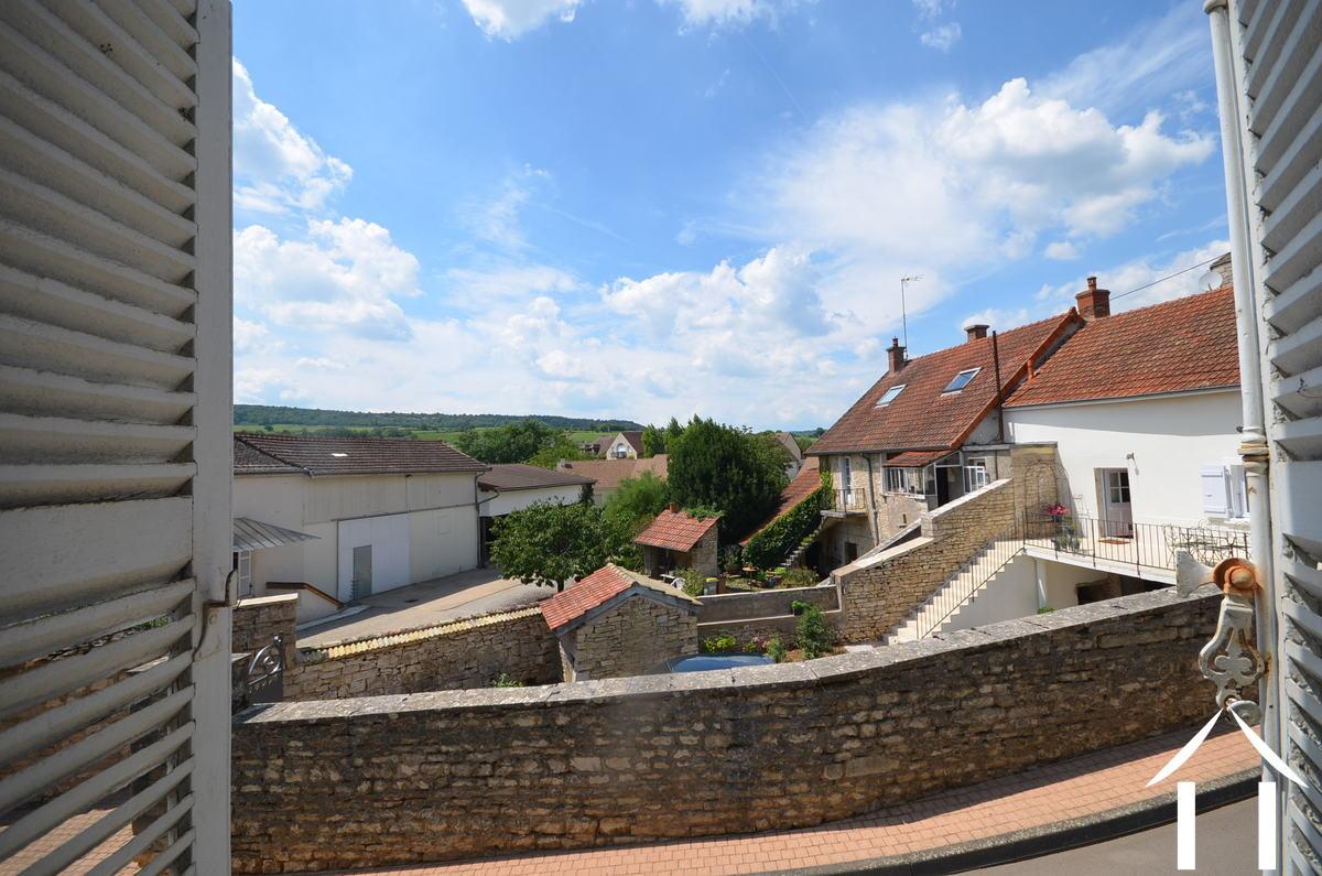 Maison de ma tre for sale meursault burgundy 5504 for Maison de maitre definition