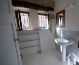 3rd shower room with toilet