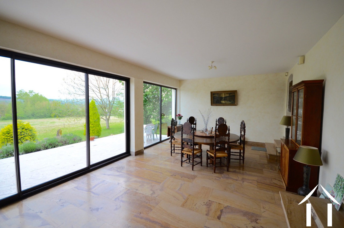 House with guest house for sale st leger sur dheune - Billard salle a manger ...