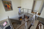 hall avec escaliers