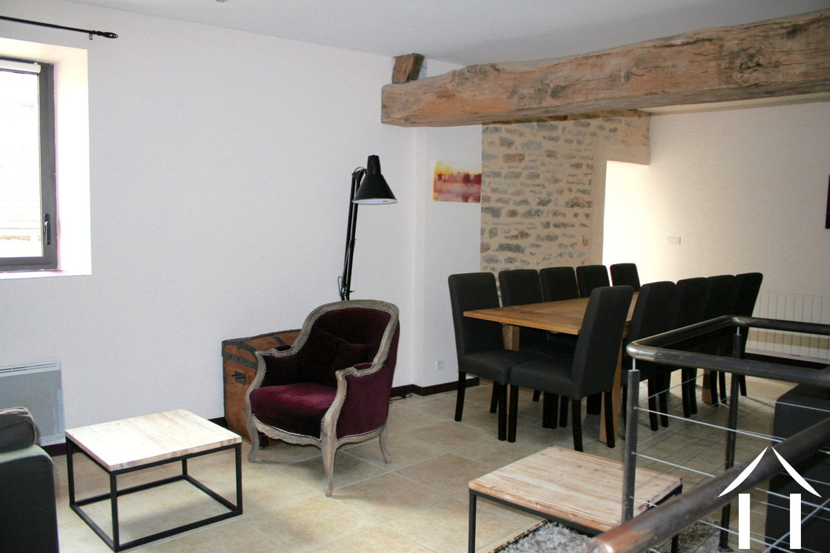 Character house for sale santenay burgundy 12333 for Salle a manger stone but
