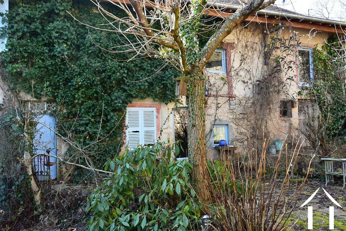 Large stone property to renovate, outbuildings and garden