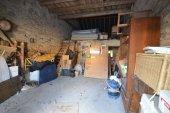 barn / garage access via shared courtyard