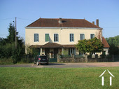 Maison de Maitre with 7 bedrooms & gîte Ref # CR5002BS image 5 The Old Doctor's house