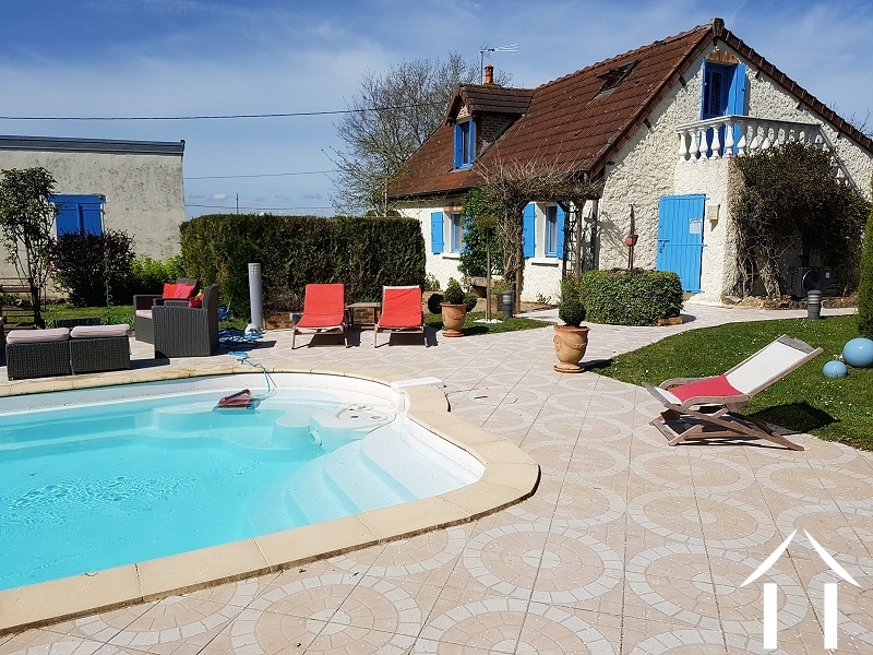 Renovated house with heated pool