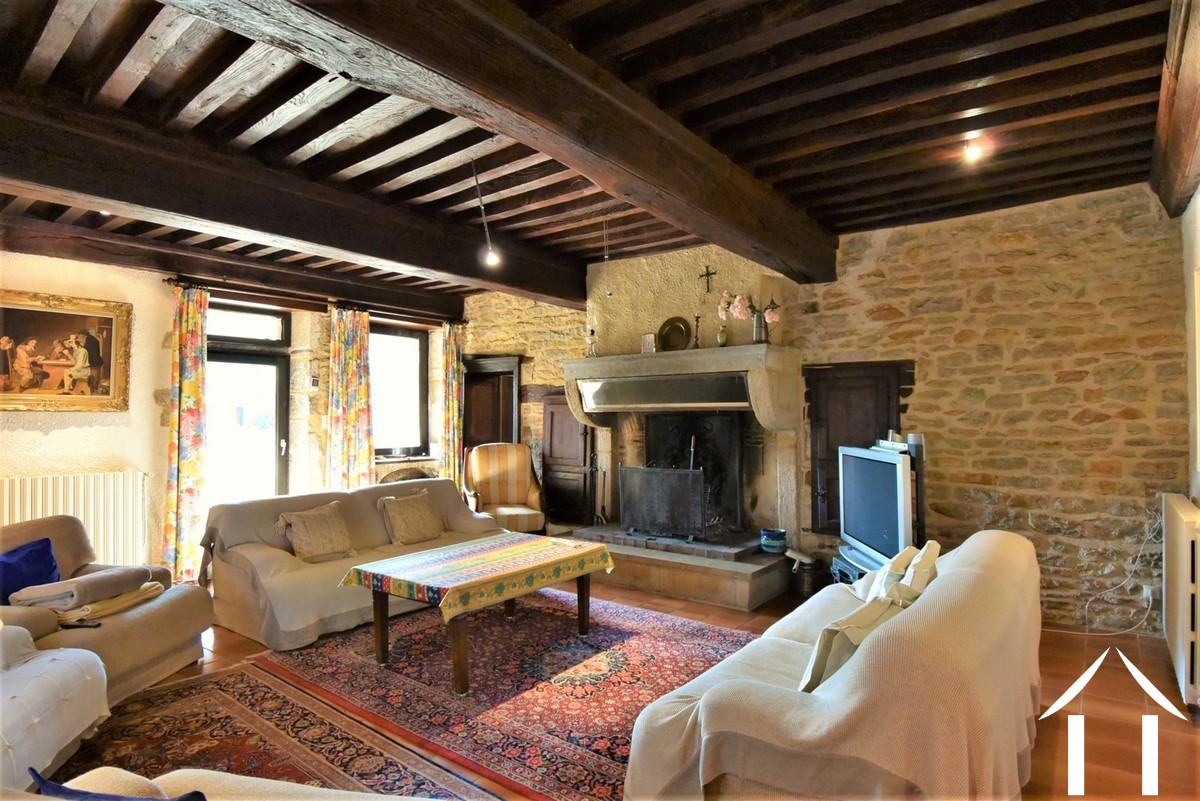 3 bedroom stone house in village north of Cluny