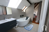 Beaune centre, large house with wine cellar Ref # CR4921BS image 14 Upstairs bathroom