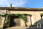 Beaune centre, large house with wine cellar Ref # CR4921BS image 18 Garage & entrance
