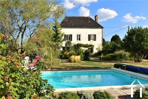 Renovated country house with barn, pool and great views Ref # JP4848S Main picture