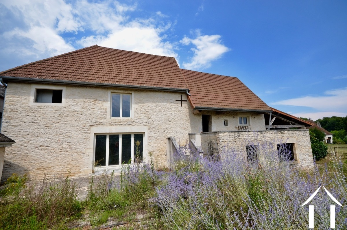 Development project at 10 minutes from Meursault