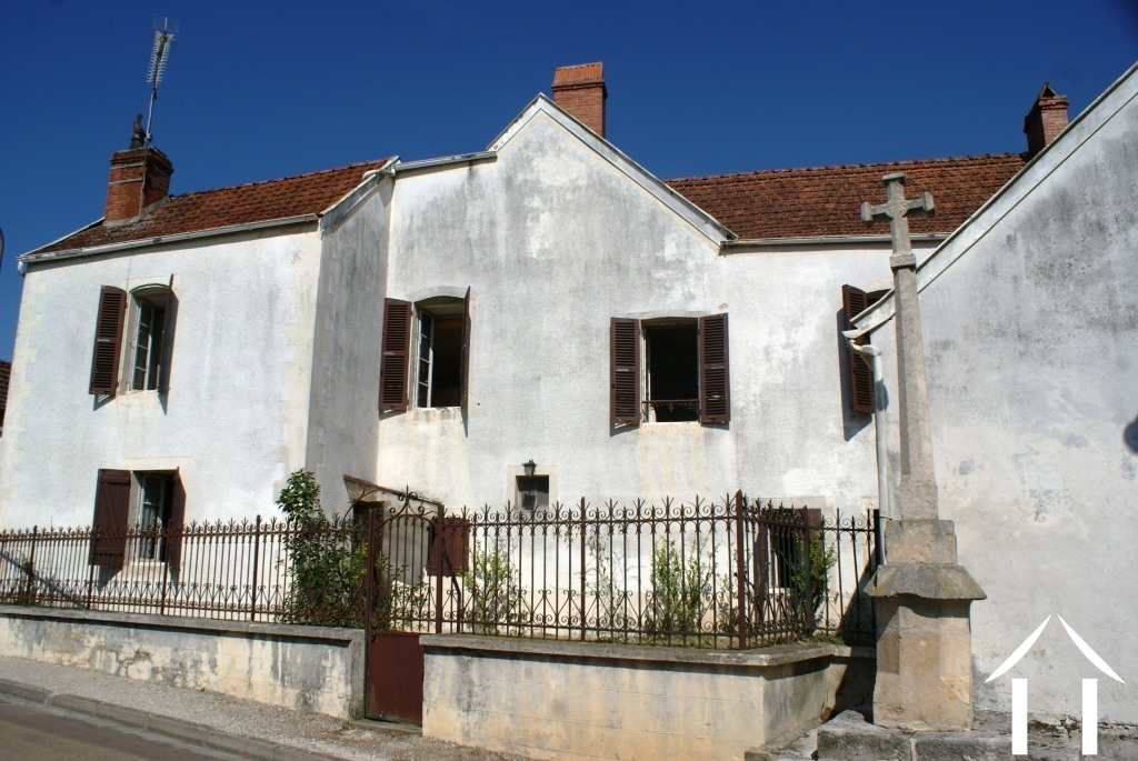 Village House, Barns & Building Land