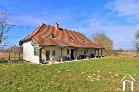 Renovated Bressane farmhouse, garage and large garden, Ref # JP4938B