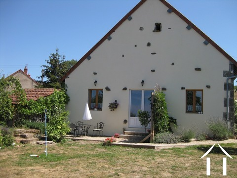 Three bedroom house with ready to rent holiday cottage Ref # BH4950V
