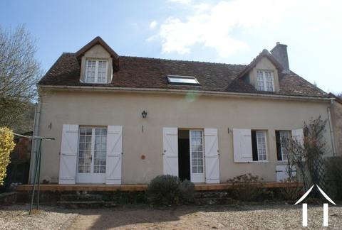Charming village cottage Ref # RT4952P