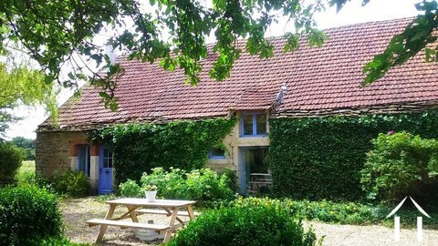 Country Cottage with Barn & Gardens Ref # RT5052P