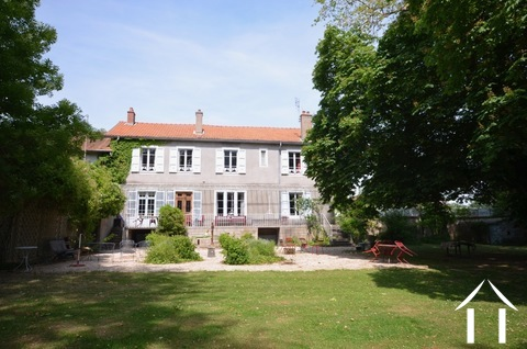 Manor house with 3 guest houses and pool on 1,3 ha Ref # BH5009V Main picture