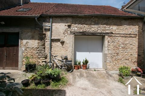 Renovation project in the heart of Pommard Ref # CR5008BS
