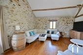 Lovely stone house with 3 bedrooms Ref # BH5014V image 8 chambre de maitre premier etage