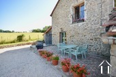 Lovely stone house with 3 bedrooms Ref # BH5014V image 18 cote ouest avec garage