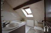 salle de eau avec toilette