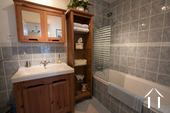 B&B bathroom with toilet