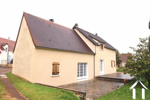 Renovated proprety close to La Charité sur Loire Ref # LB5022N