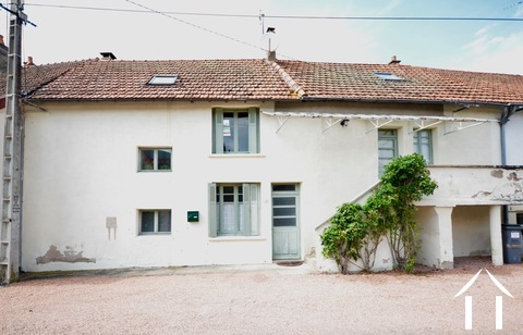 Ready to use 2 bedroom house, with small garden Ref # BH5025BS Main picture