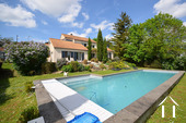 Bright modern house with pool and view Ref # CR5036BS image 1 propriété avec piscine et vue