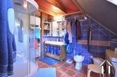 Main house with three apartments to rent Ref # BH5049V image 13 salle de bain en suite du chambre de maitre