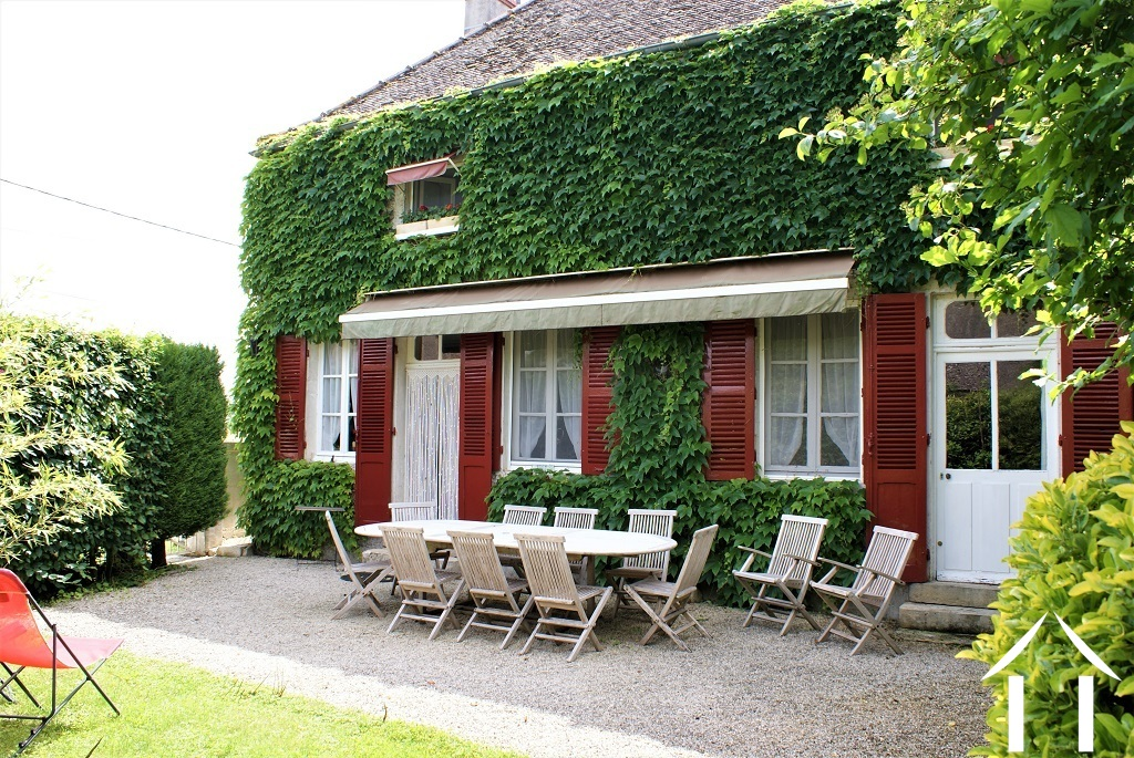 Cosy B&B 10 minutes from Beaune