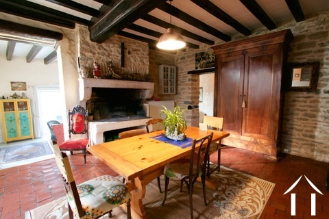 Character house with views on the Morvan hills Ref # CR5086BS