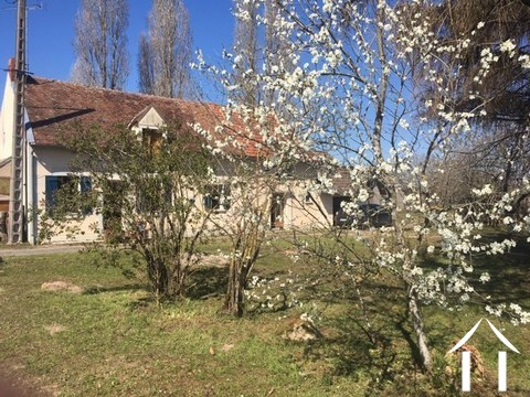 Partly renovated cottage for sale near Sancerre Ref # LB5073N Main picture
