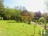 Detached well situated chalet in excellent condition, views. Ref # HV5085NM image 1 Voorzijde