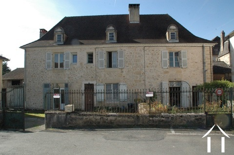 Beautiful Manor House with 3 appartments to renovate Ref # GVS4956C Main picture