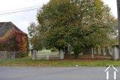 Stone house to renovate on 1.800 m² Ref # Li454 image 20
