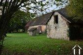 Stone house to renovate on 1.800 m² Ref # Li454 image 14