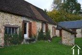 Stone house to renovate on 1.800 m² Ref # Li454 image 13
