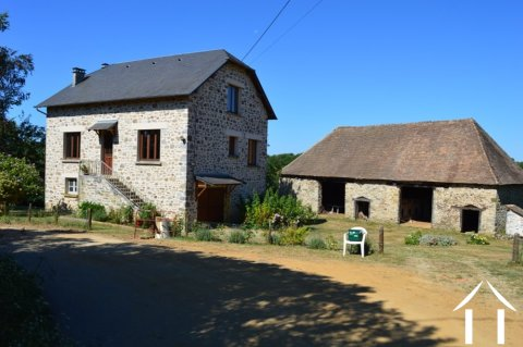 Build your own guesthouse in the country with house, barn and over 1 ½ acre Ref # Li497