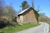 Farmhouse with two barns on 4,4 acre Ref # Li529 image 40