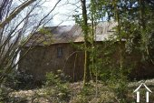 Farmhouse with two barns on 4,4 acre Ref # Li529 image 36