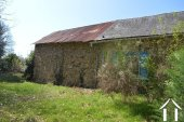 Farmhouse with two barns on 4,4 acre Ref # Li529 image 19