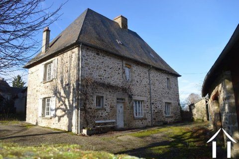 16th Century character house with barn, garage and land Ref # Li540 Main picture