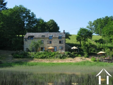 Good quality renovation by a river Ref # Li547 Main picture