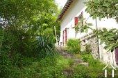 Railway cottage near the river La Vienne Ref # Li566 image 19